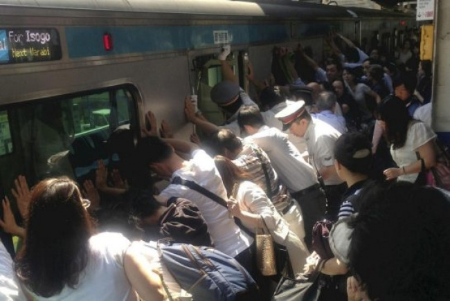 11152765-train-1467689875-650-3246217dff-1467871144