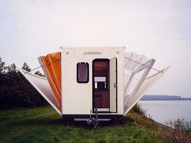 12321265-The-Marquis-Trailer-Transforms-into-the-Ultimate-Urban-Camper-01-1469510575-650-be3f7d331c-1469603163