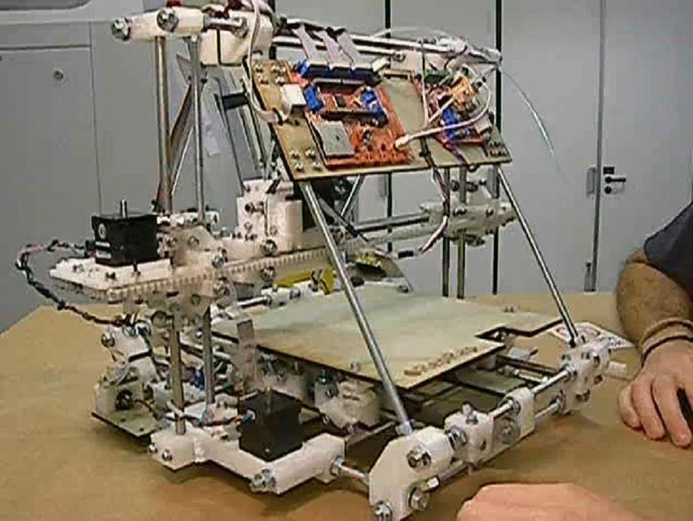 виробництво 3D принтера
