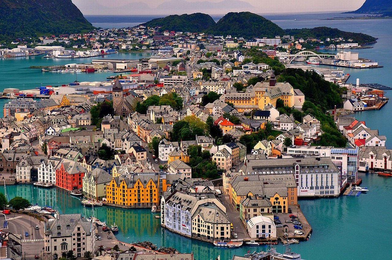 Олесунн Норвегія